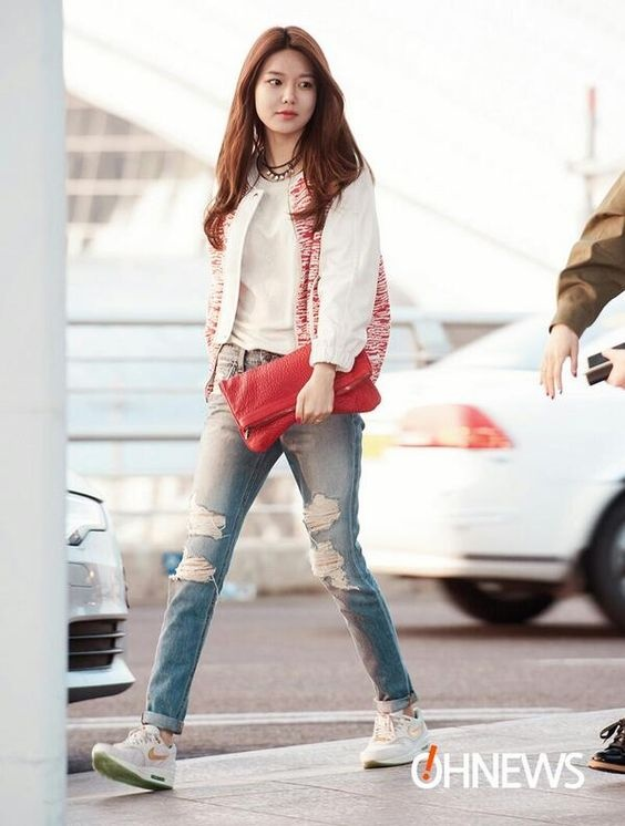 Sooyoung  Incheon Airport to Osaka Japan for SMTOWN Live