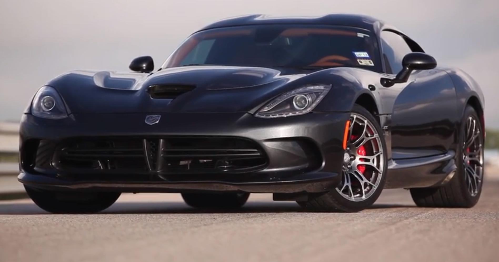 thumbnail - Dodge Viper 2015