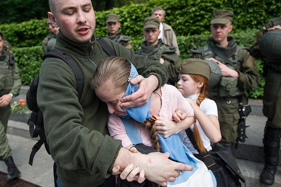 Дали в рот пацану россия онлайн фото 186-738