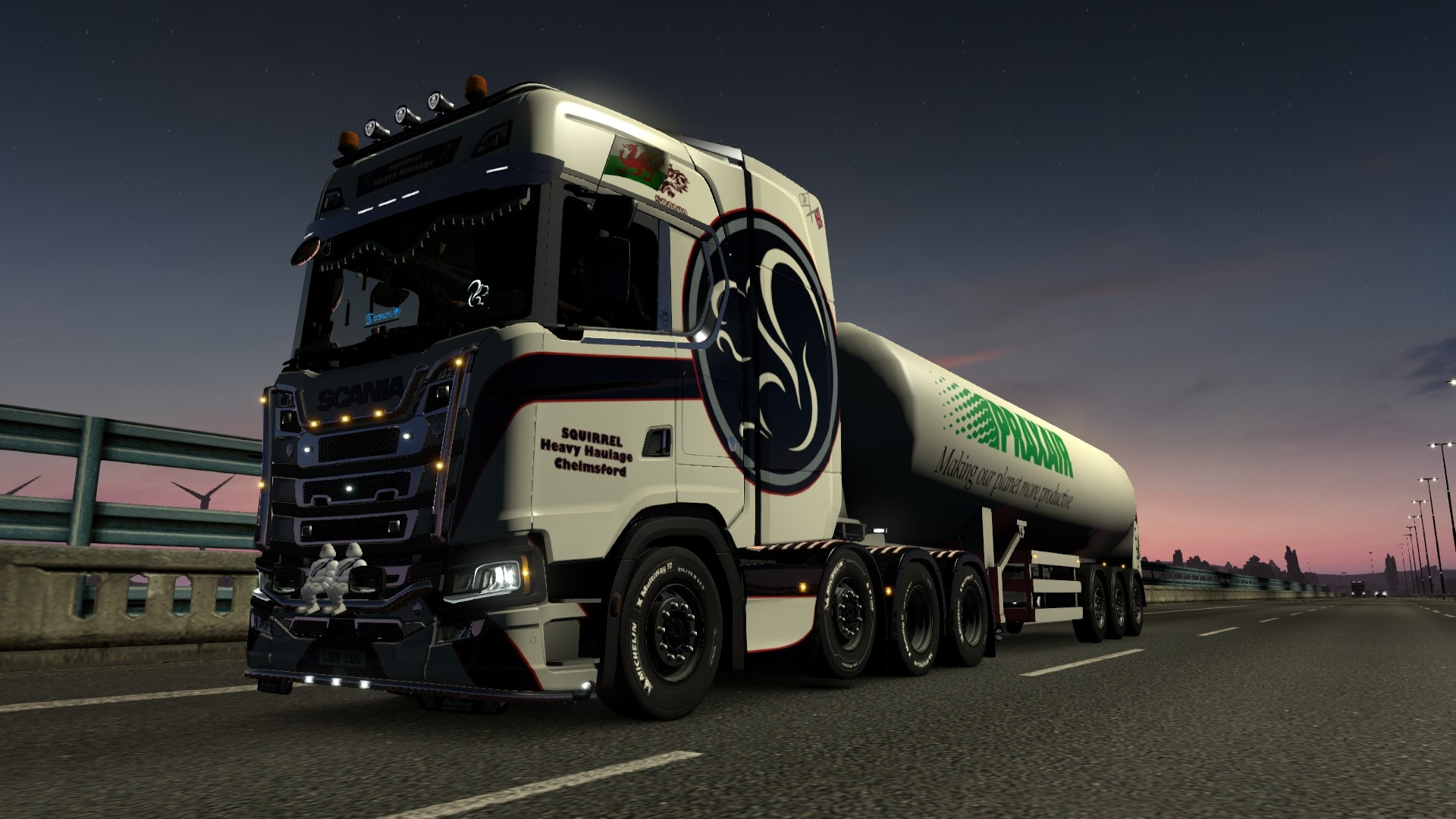 Scania R 8x4 chassis