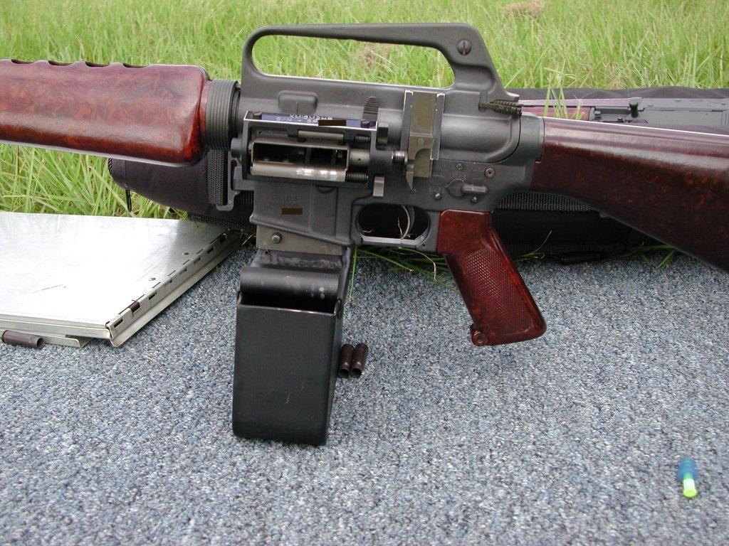 Slide Fire Belt Fed AR-15 | SHOT 2017 -The Firearm Blog