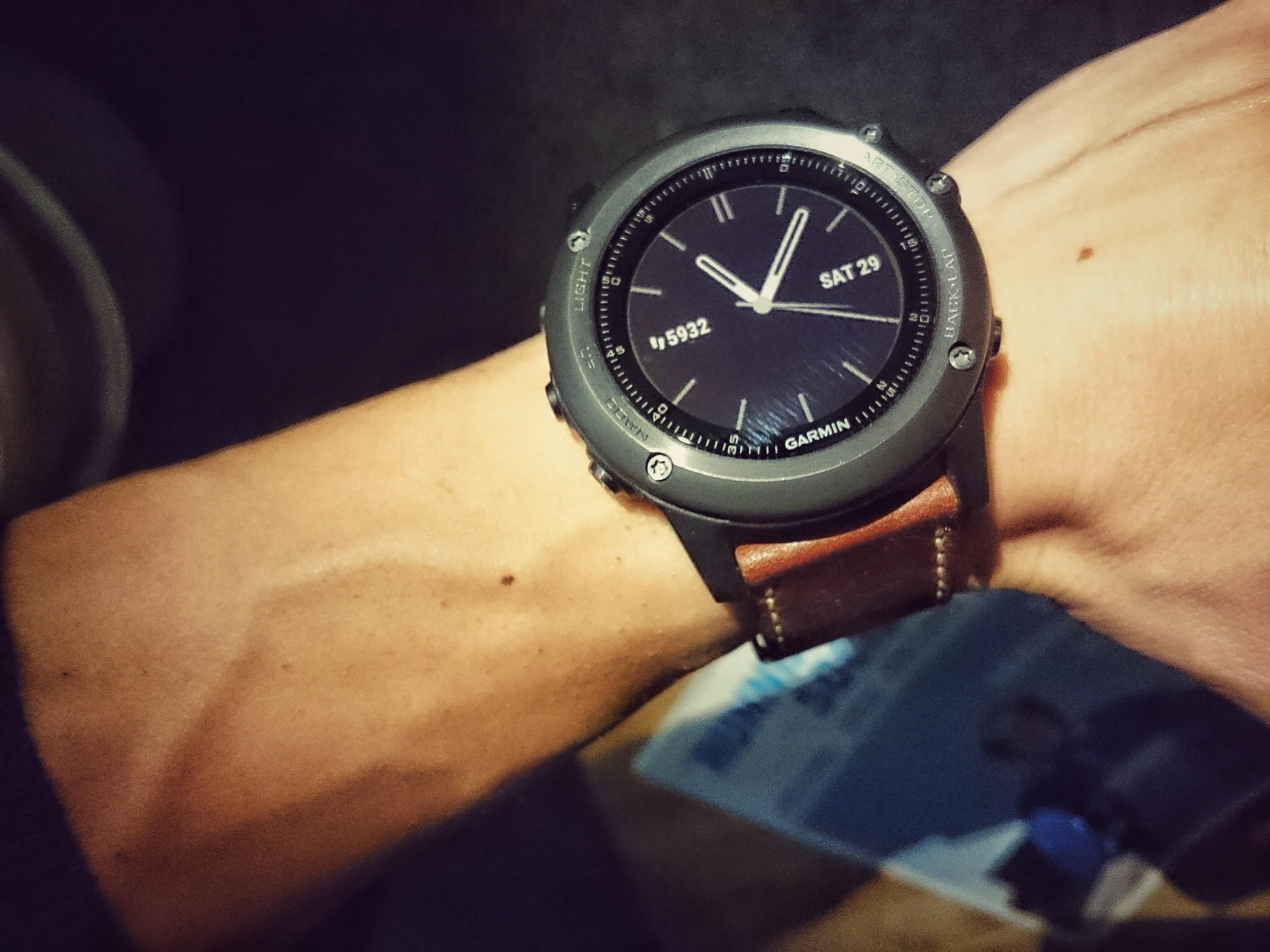 2856b2d296d9d6 Quelles sont les meilleures montres connectées en 2019   La sélection de  FrAndroid - FrAndroid