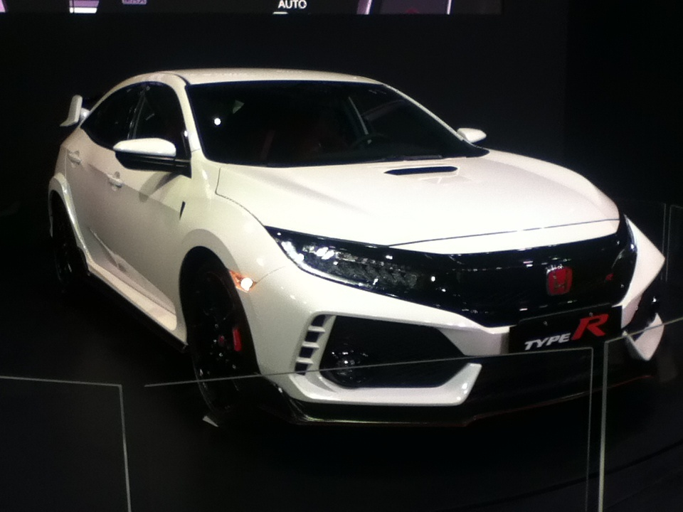 2018 honda accord kills the v6 adds type r engine autos post. Black Bedroom Furniture Sets. Home Design Ideas