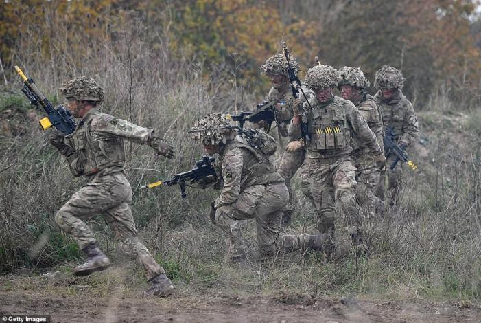 Armée Britannique/British Armed Forces - Page 16 Fbefd8d0457a4253c25fea1eebff53b74c090a1365f5016a00d1009cde1e7646